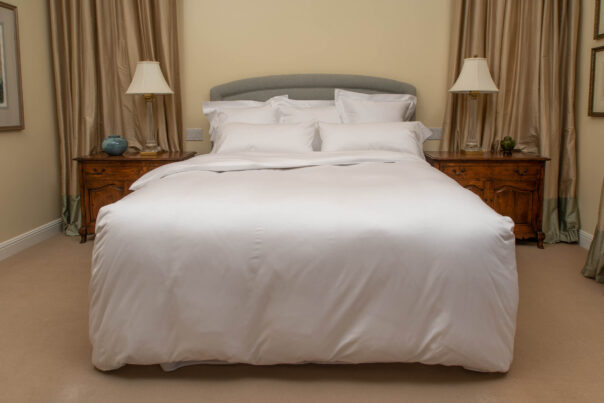 Sateen 600 Duvet Cover in White